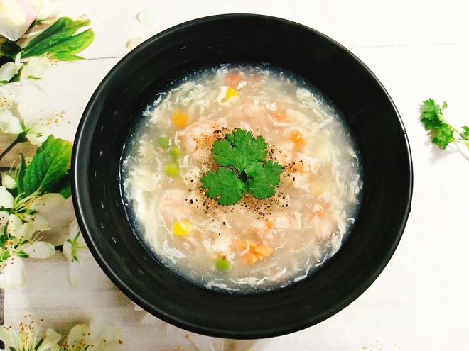 Cách nấu súp tôm ngọt thơm, bổ dưỡng ăn hoài không chán