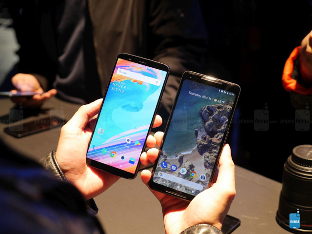 So sánh nhanh OnePlus 5T và Google Pixel 2 XL
