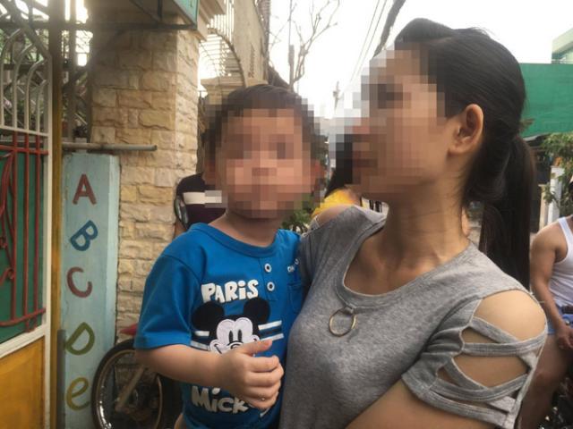"""Vụ bảo mẫu bạo hành trẻ ở SG: """"Tôi không ngờ gửi con nhầm cho ác mẫu"""""""