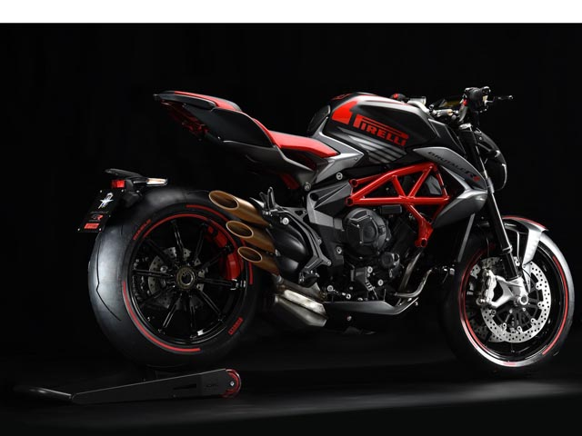 """MV Agusta Brutale 800 RR Pirelli: """"Đứa con tinh thần"""" của MV Agusta và Pirelli"""