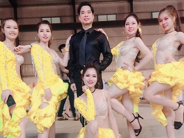 """Ngọc Sơn hát trong đám cưới """"khủng"""" ở Vĩnh Phúc, tiền rạp cưới gần 1 tỷ"""