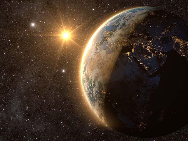Chuyện gì sẽ xảy ra nếu Trái Đất đảo ngược chiều quay?