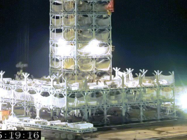 Kinh ngạc xây tòa tháp 30 tầng chỉ vỏn vẹn 15 ngày