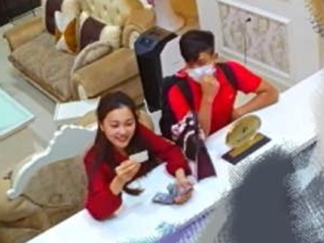 """24h HOT: Phan Văn Đức và bạn gái công khai """"thả thính"""" sau nghi vấn hẹn hò khách sạn"""
