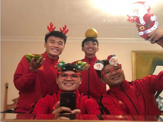 Quang Hải và các tuyển thủ Việt Nam đã làm gì trong đêm Noel