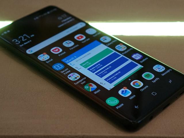 HOT: Video đầu tiên về Galaxy S10+ xuất hiện, tiết lộ nhiều bất ngờ