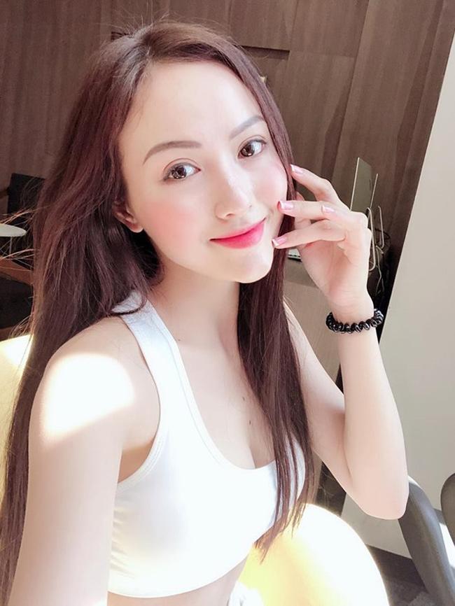 4 nu fan girl goi cam noi nhu con suot mua bong da 2018 hinh anh 9