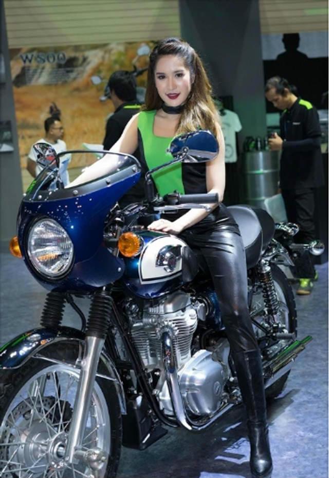 ngam chan dai xuan sac hung huc tao dang ben sieu xe kawasaki hinh anh 7
