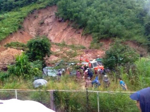 Khánh Hòa: Mưa lớn lại gây sạt lở, 3 người chết