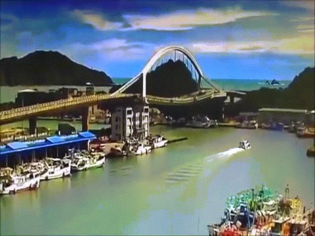 Video: Sập cầu kinh hoàng ở Đài Loan, nhiều người mắc kẹt dưới đống đổ nát