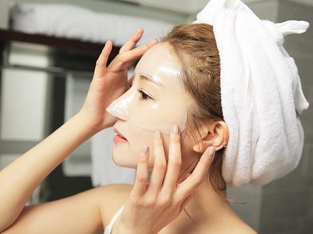 Sai lầm phổ biến khi đắp mặt nạ khiến da thêm xuống cấp