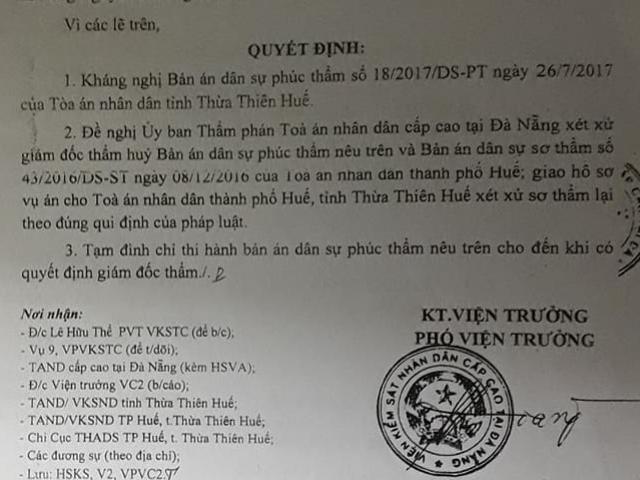 """TT- Huế: Tranh chấp 4m2 """"đất vàng"""", thi hành án có làm trái luật?"""