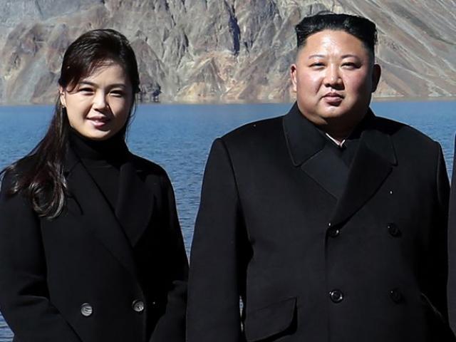 Đệ nhất phu nhân Triều Tiên biến mất bí ẩn, Kim Jong Un chờ con trai nối dõi?