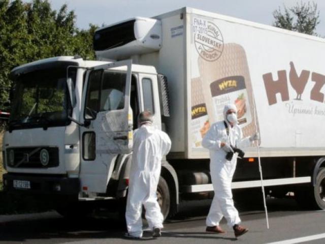 Kinh hoàng 71 thi thể phân hủy trong chiếc xe đông lạnh bị bỏ lại ven đường