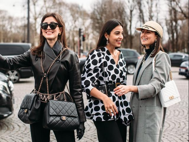 4 tip mặc màu trung tính hoàn hảo như quý cô Paris