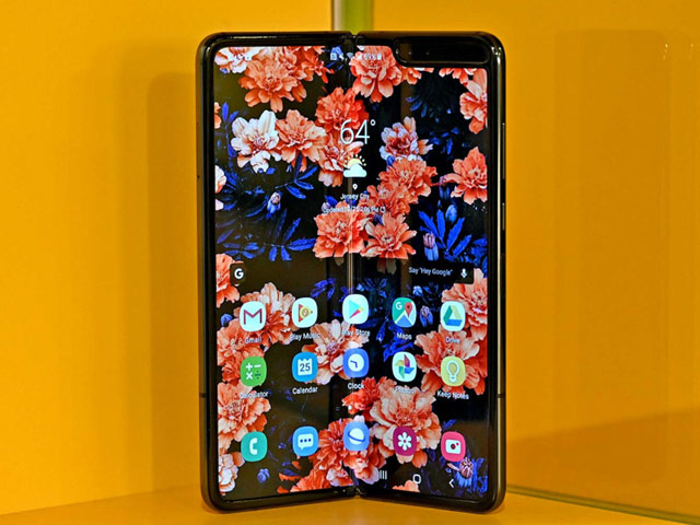 NÓNG: Samsung Galaxy Fold sắp về Việt Nam, giá ngất ngưởng