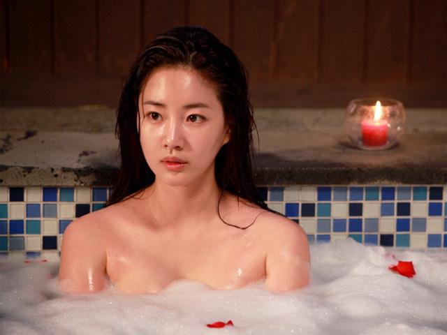 Hoa hậu vòng 1 đẹp nhất xứ Hàn tuổi tứ tuần vẫn hấp dẫn nhờ không chồng, con