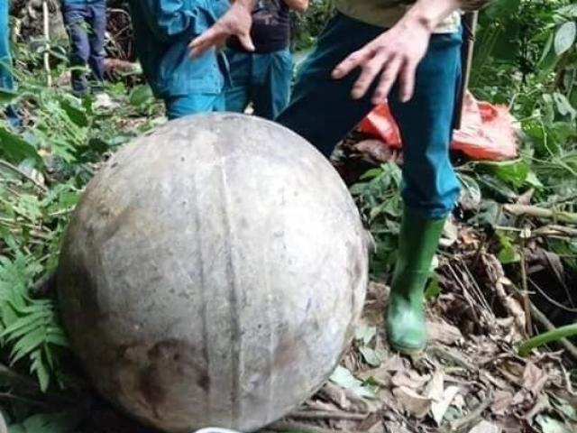 """Tuyên Quang: Phát hiện """"vật thể lạ"""" rơi từ trên không xuống mặt đất"""