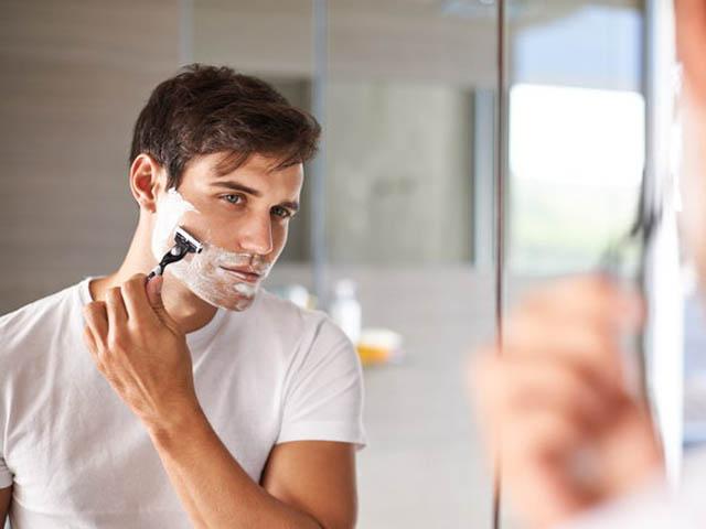 Chàng nào cũng nên biết 5 điều quan trọng này khi cạo râu