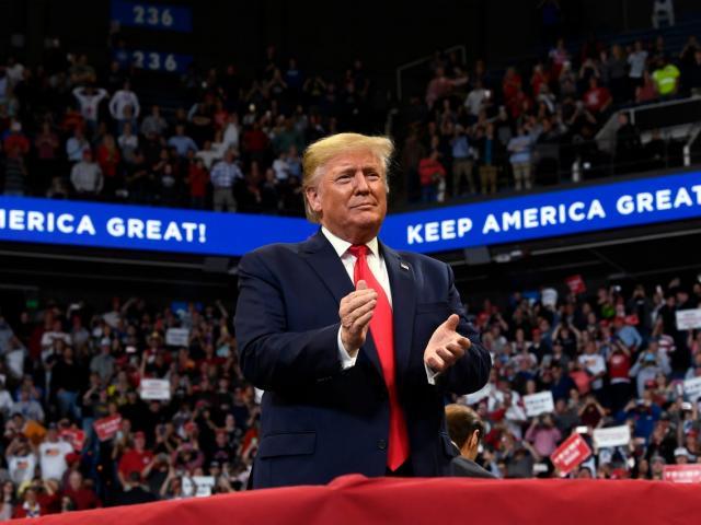 Infographic: Các bước trong quá trình luận tội Tổng thống Mỹ Donald Trump