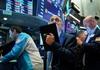 FED gợi ý giữ lãi suất không tăng suốt năm 2020, chứng khoán Mỹ nhích nhẹ