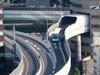 Cao tốc xuyên tòa nhà và những con đường thiết kế lạ
