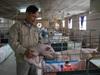 Video: Anh nông dân Ninh Bình bỏ công chức về quê nuôi lợn mỗi năm thu hơn 20 tỷ