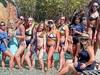 Hàng loạt bữa tiệc bể bơi ở Mỹ trở lại trong những ngày nắng nóng