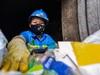 Hà Nội: Vụ công nhân môi trường bị nợ lương, người lượm ve chai, người vay lãi lo con ăn học