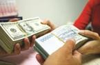 """Tỷ giá ngoại tệ hôm nay 31/10: Tăng trong ngân hàng, đứng im ở """"chợ đen"""""""