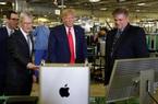 Tổng thống Donald Trump cân nhắc miễn thuế cho Apple