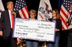 Tổng thống Mỹ Donald Trump bị phạt 2 triệu đô vì dùng tiền từ thiện để tranh cử