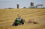 """Nông dân Mỹ """"ngạc nhiên"""" nếu Bắc Kinh tuân thủ cam kết mua 50 tỷ USD nông sản"""