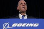 Boeing sa thải CEO sau 30 năm gắn bó