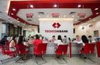 Techcombank lãi trước thuế kỷ lục 12.800 tỷ, thu nhập nhân viên hơn 400 triệu đồng/năm
