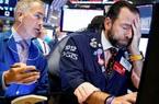 Dow Jones bốc hơi 970 điểm khi quan chức Mỹ cảnh báo viễn cảnh tồi tệ của dịch Covid-19
