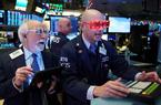 Dow Jones tăng 350 điểm khi Mỹ khôi phục dần hoạt động kinh tế