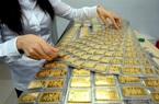Ồ ạt bán tháo vàng chốt lời, chứng khoán về mốc 'an toàn'