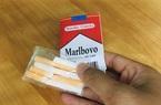 """Loại """"kẹo thuốc lá"""" không rõ nguồn gốc bày bán ngay trước cổng trường học ở Hà Nội"""