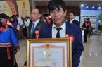 """""""Kỹ sư chân đất"""" ở Cố đô mới được Thủ tướng Nguyễn Xuân Phúc vinh danh có gì đặc biệt?"""
