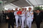 Clip: Tiễn đưa Thiếu tướng Nguyễn Hữu Hùng về đất mẹ