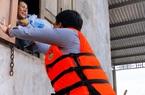 """Báo Nông thôn Ngày nay cùng hành trình cứu trợ vùng """"rốn"""" lũ Quảng Bình"""