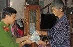 Bỏ quên 50 triệu đồng trong quần áo quyên góp lũ lụt miền Trung