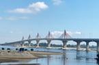 Quảng Ngãi: Công trình cầu 2.300 tỷ chào mừng Đại hội tỉnh, có gỡ vướng kịp để hoàn thành?