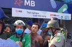 Khởi tố kẻ tẩm xăng, dọa cướp tại chi nhánh Ngân hàng TPBank ở TP.HCM