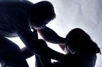 """Điều tra vụ """"cha dượng hờ"""" bị tố hiếp dâm bé gái 12 tuổi"""