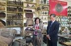 Chùm ảnh: 4.000 hiện vật cổ trong bảo tàng của tiến sĩ văn học Nguyễn Quang Cương