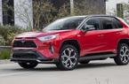 """Xe Toyota bán chạy này """"trượt"""" bài kiểm tra đánh lái lừng danh"""