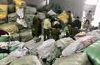 Quảng Ninh: Phát hiện kho quần áo nhập lậu lớn chưa từng có