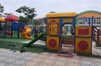 Chơi cầu trượt của trường mầm non, bé gái 4 tuổi nhập viện